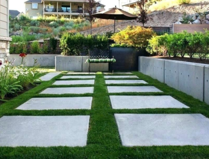 Why Your Backyard Should Have Stepping Stones?